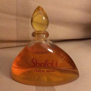 Shafali Fleur Parfume